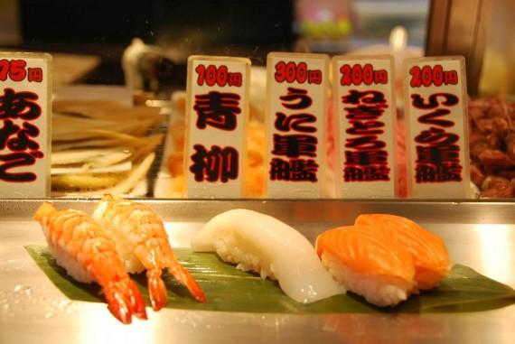 Tokyo - Restaurant de sushis debout (5)