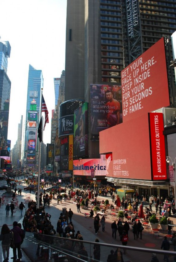 Times Square New York by day (13)