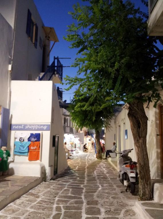 Dans les rues de Mykonos (1)