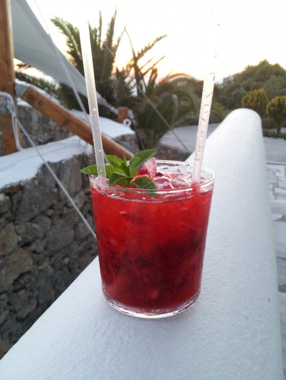 Hotel review Ostraco Suites Mykonos (2)