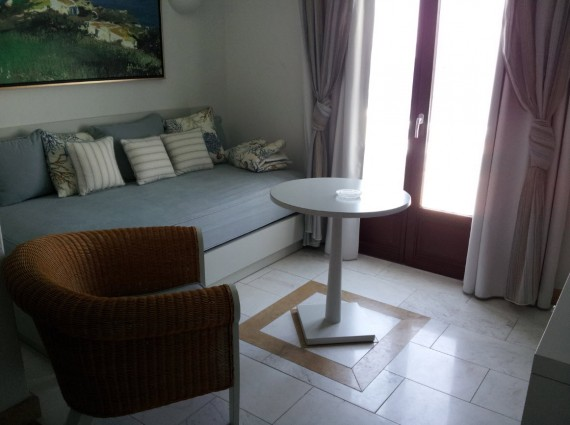 Hotel review Saint John Mykonos (7)