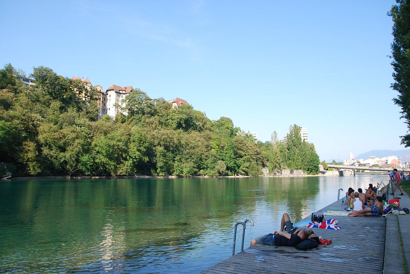 Ponton bord du Rhone Geneve