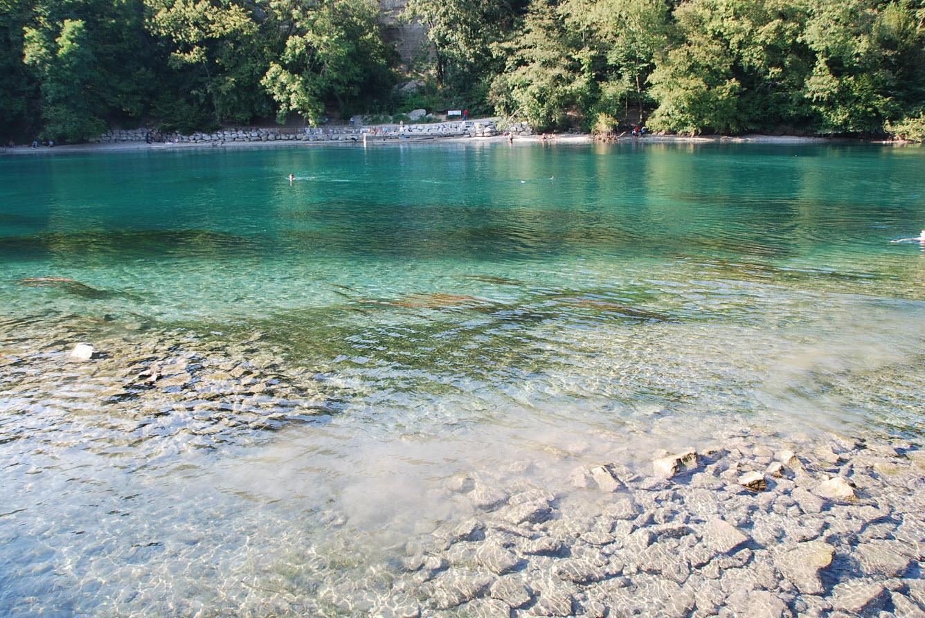 Baignade dans le Rhone Geneve Jonction