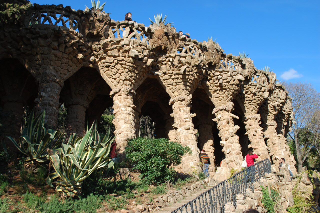Le Park Guell De Gaudi A Barcelone Inspiration For Travellers