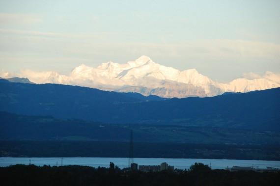 Vue sur les Alpes depuis Nyon 02