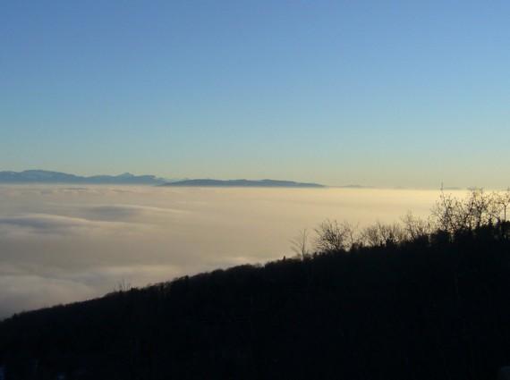 Vue sur les Alpes depuis Saint-Cergues 05