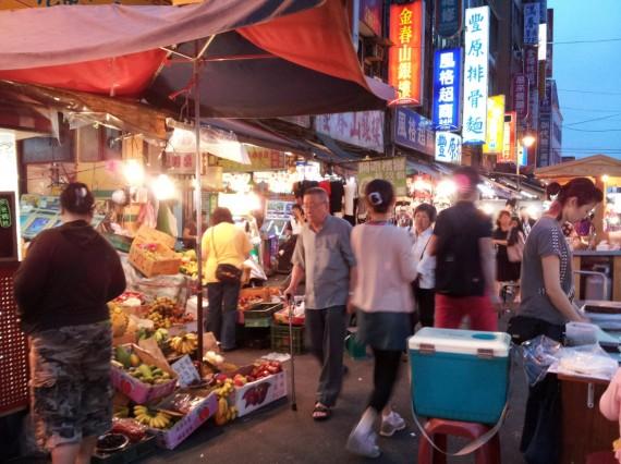 Huaxi Street Night Market Taipei (2)