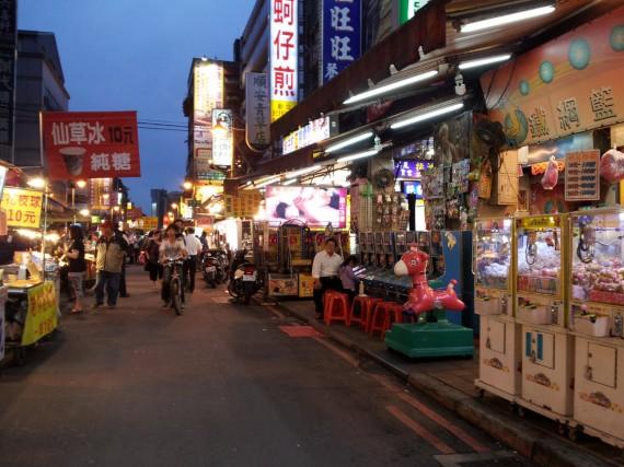 Huaxi Street Night Market Taipei (7)