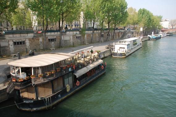 Balade en 2CV Paris 09