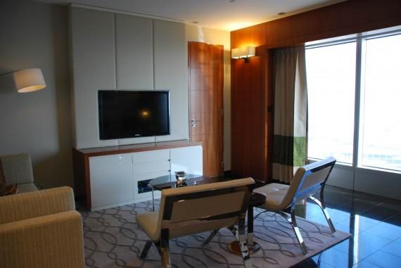 Room3 Longoria (2)