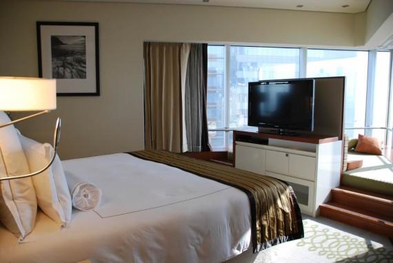 Room3 Longoria (6)