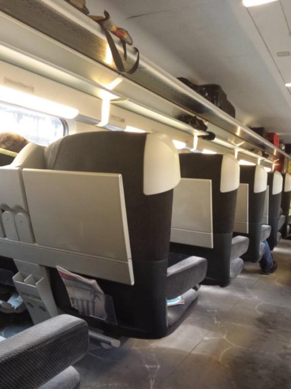 TGV Lyria 10