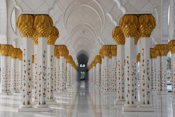 Grand Mosque Abu Dhabi 12