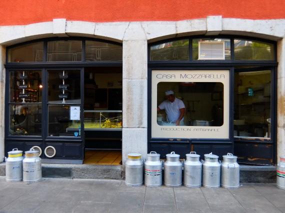Atelier mozza vin Genève 01