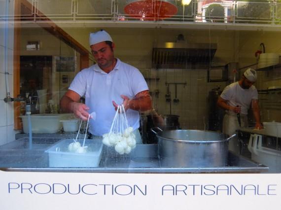 Atelier mozza vin Genève 03