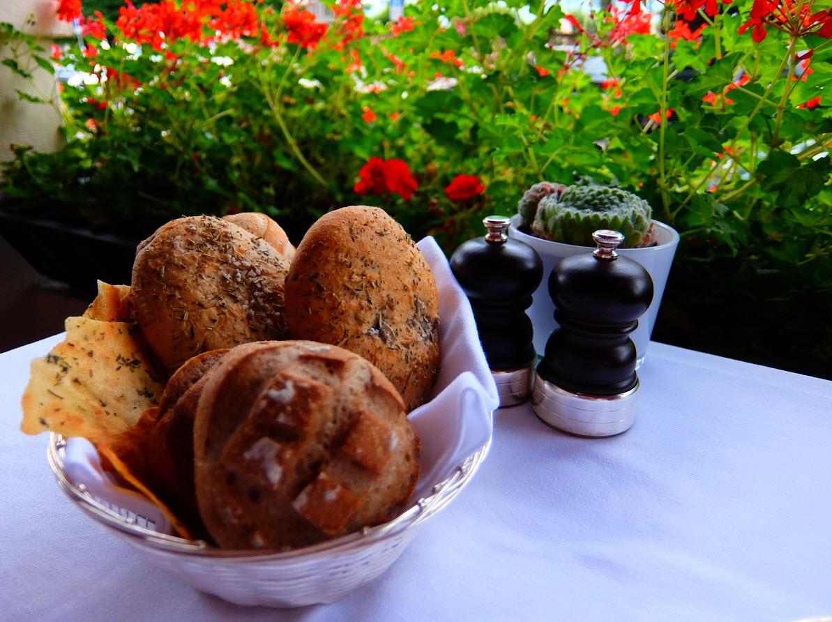 Restaurant le jardin l h tel le richemond gen ve for Restaurant le jardin geneve