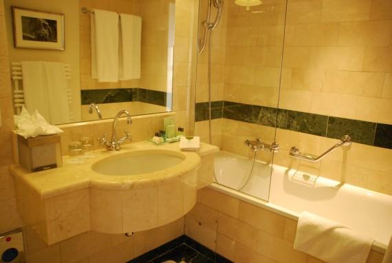Suite 710 Warwick Geneve (14)