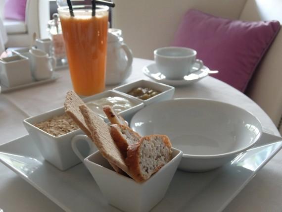 Petit-déjeuner La Réserve (14)