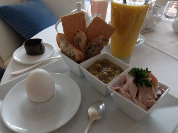 Petit-déjeuner La Réserve (15)