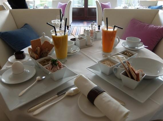 Petit-déjeuner La Réserve (16)