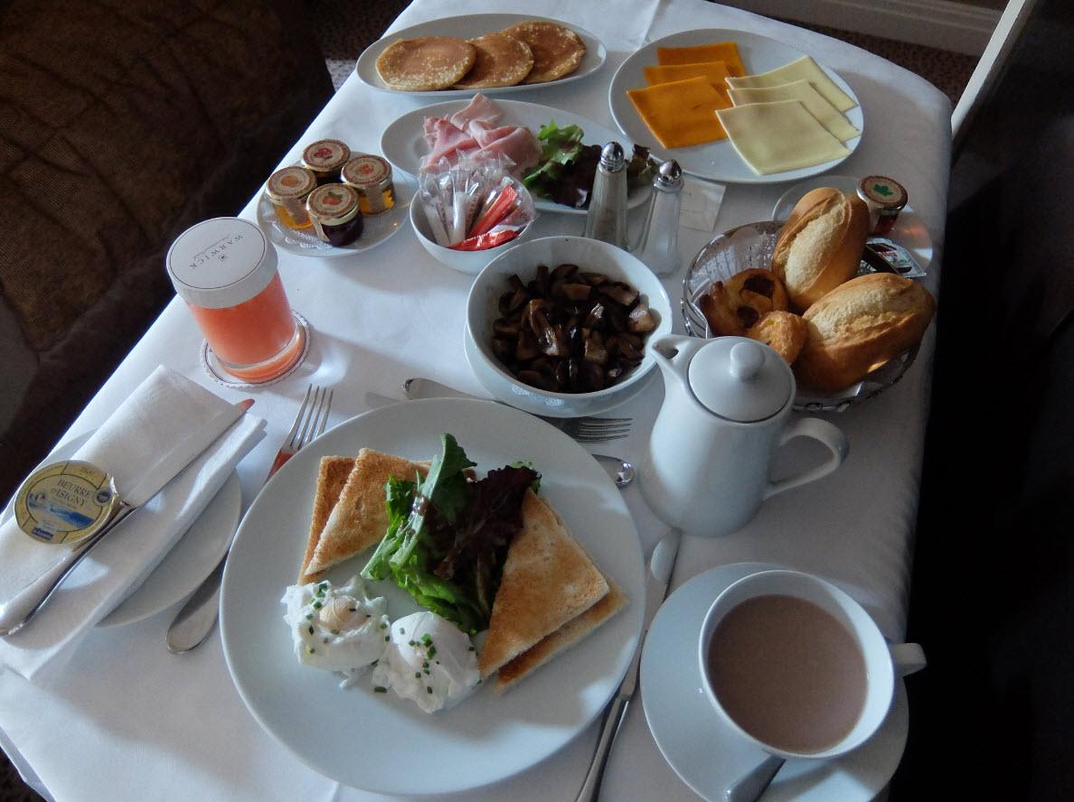 Petit-déjeuner Warwick Paris