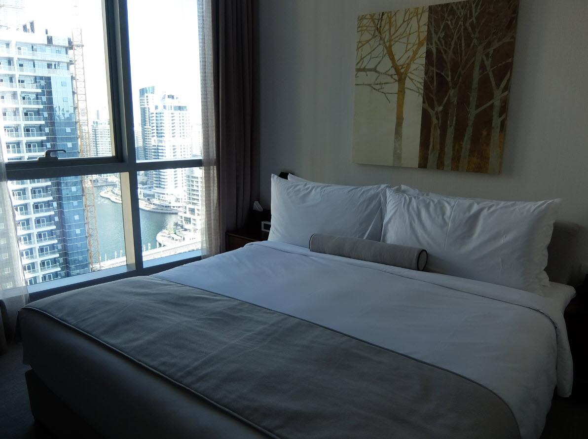 Marina vue depuis le lit de l'InterContinental Dubai