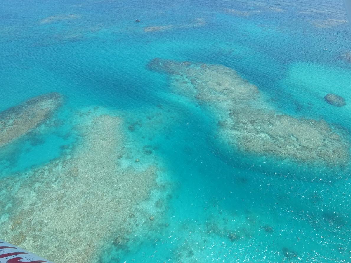 Eau turquoise du lagon