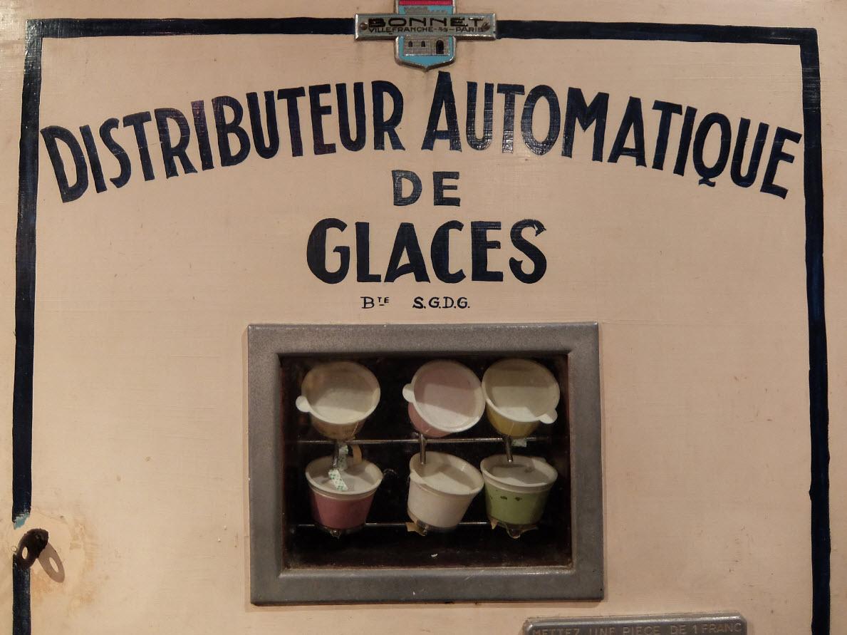 Distributeur automatique de glaces