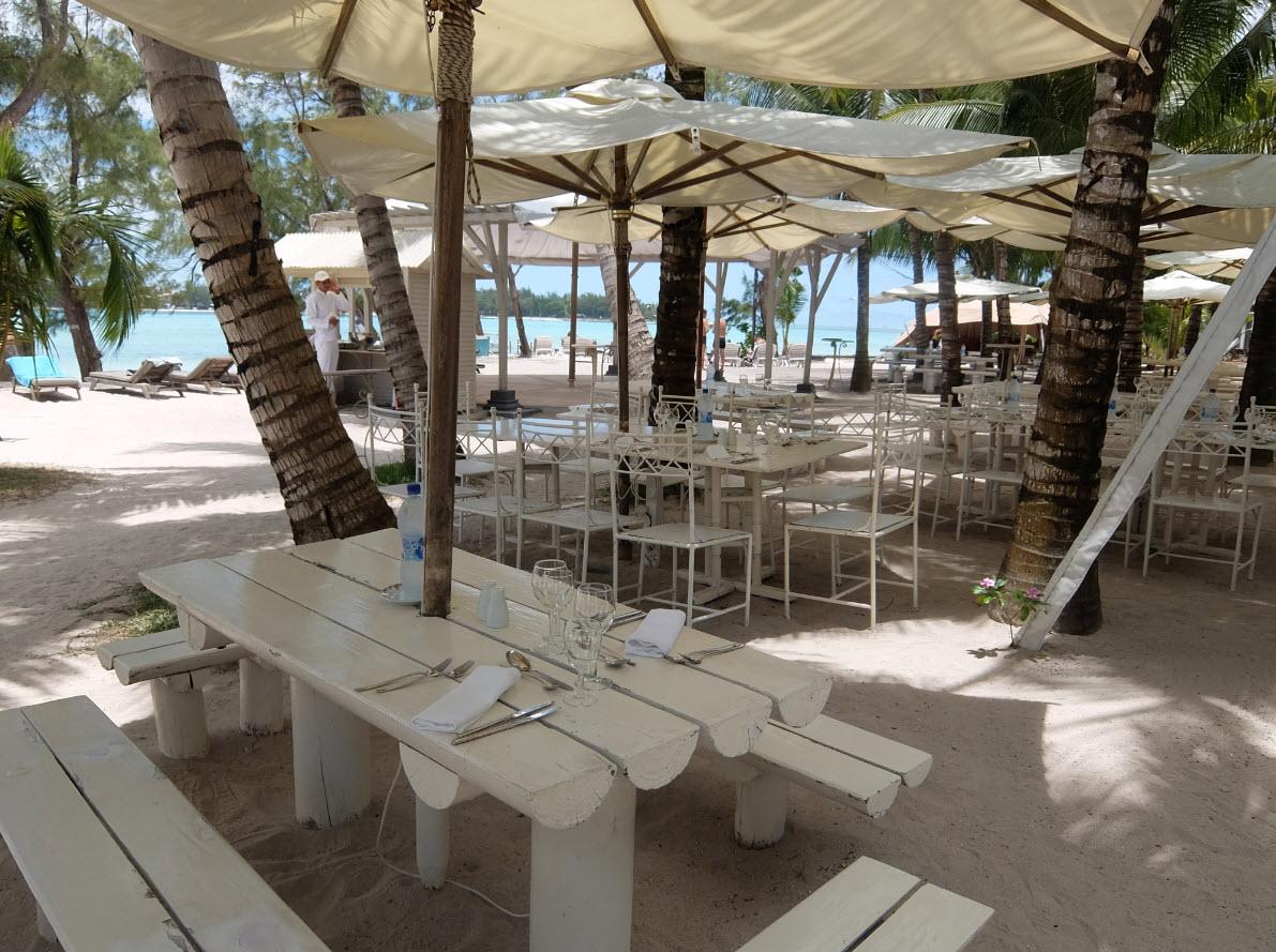 Restaurant sur la plage Maurice