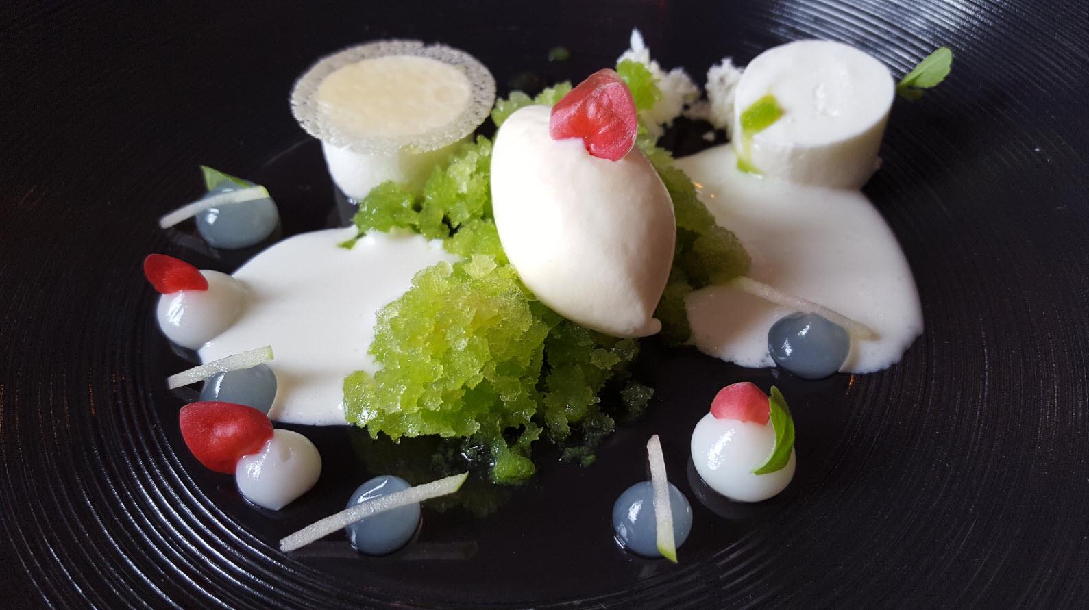 Dessert du jour au Cheval Blanc