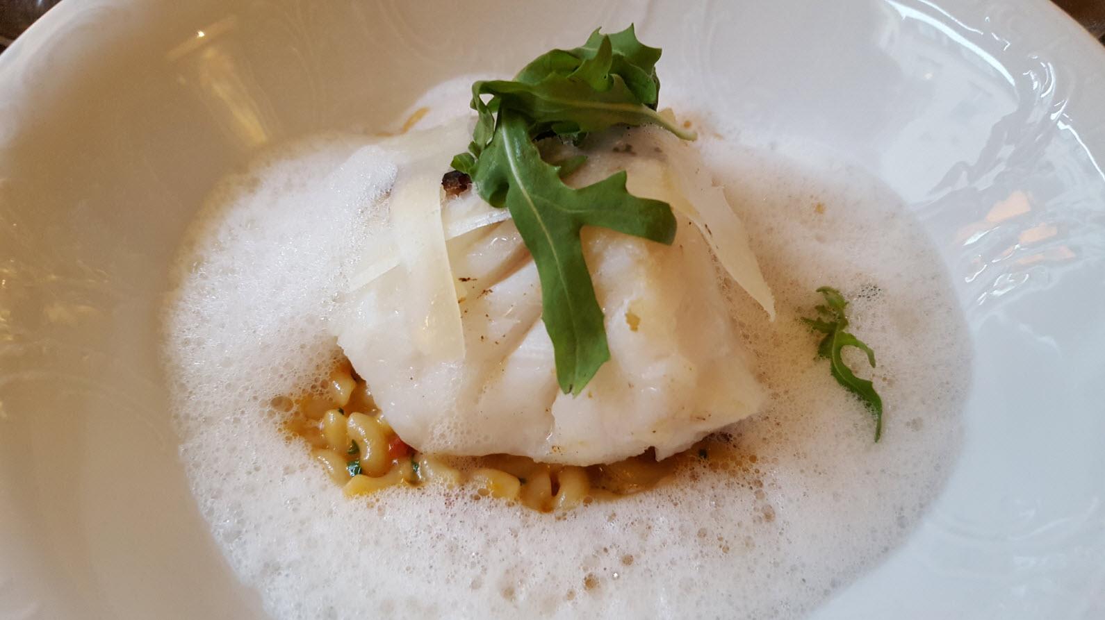 Cabillaud roti et risotto de coquillettes