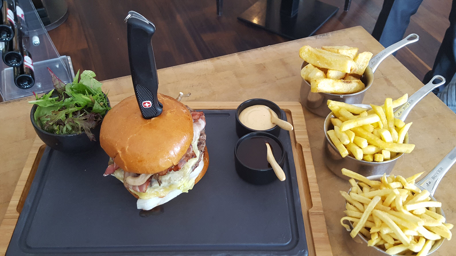 Burger du steakhouse Le Grill au Kempinski