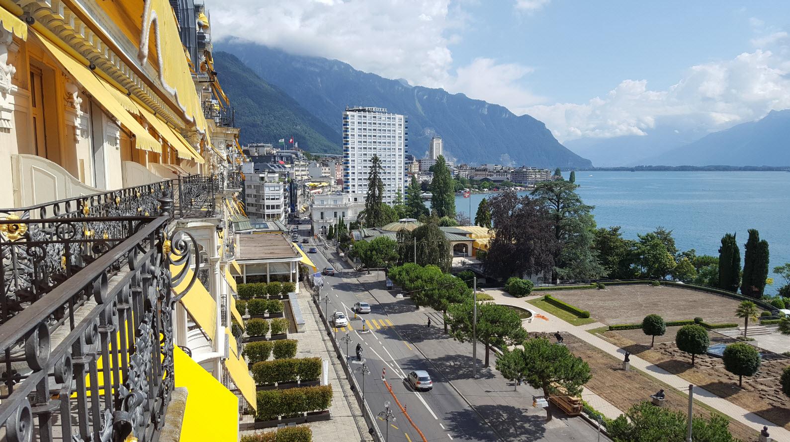 Facade du Fairmont Montreux Le Palace