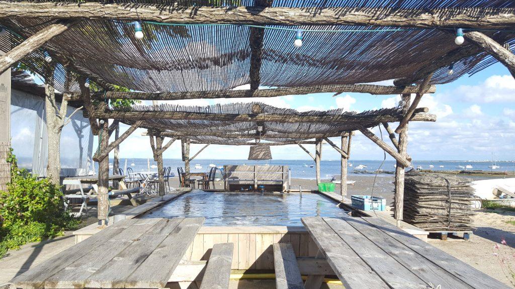 Cabane ostreicole sur la plage