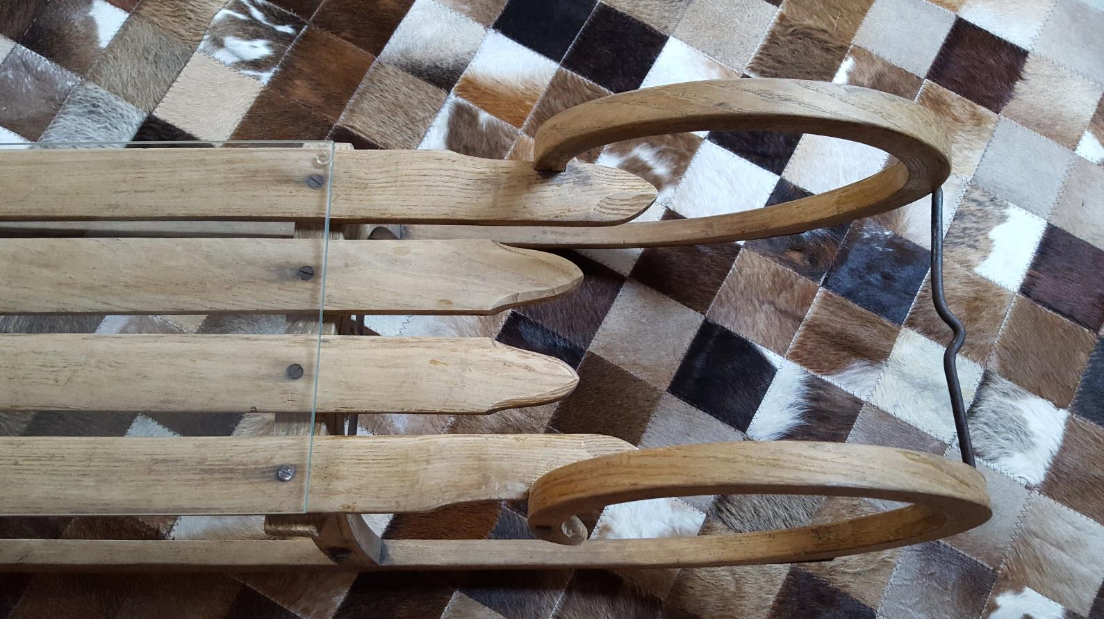 Decoration luge en bois
