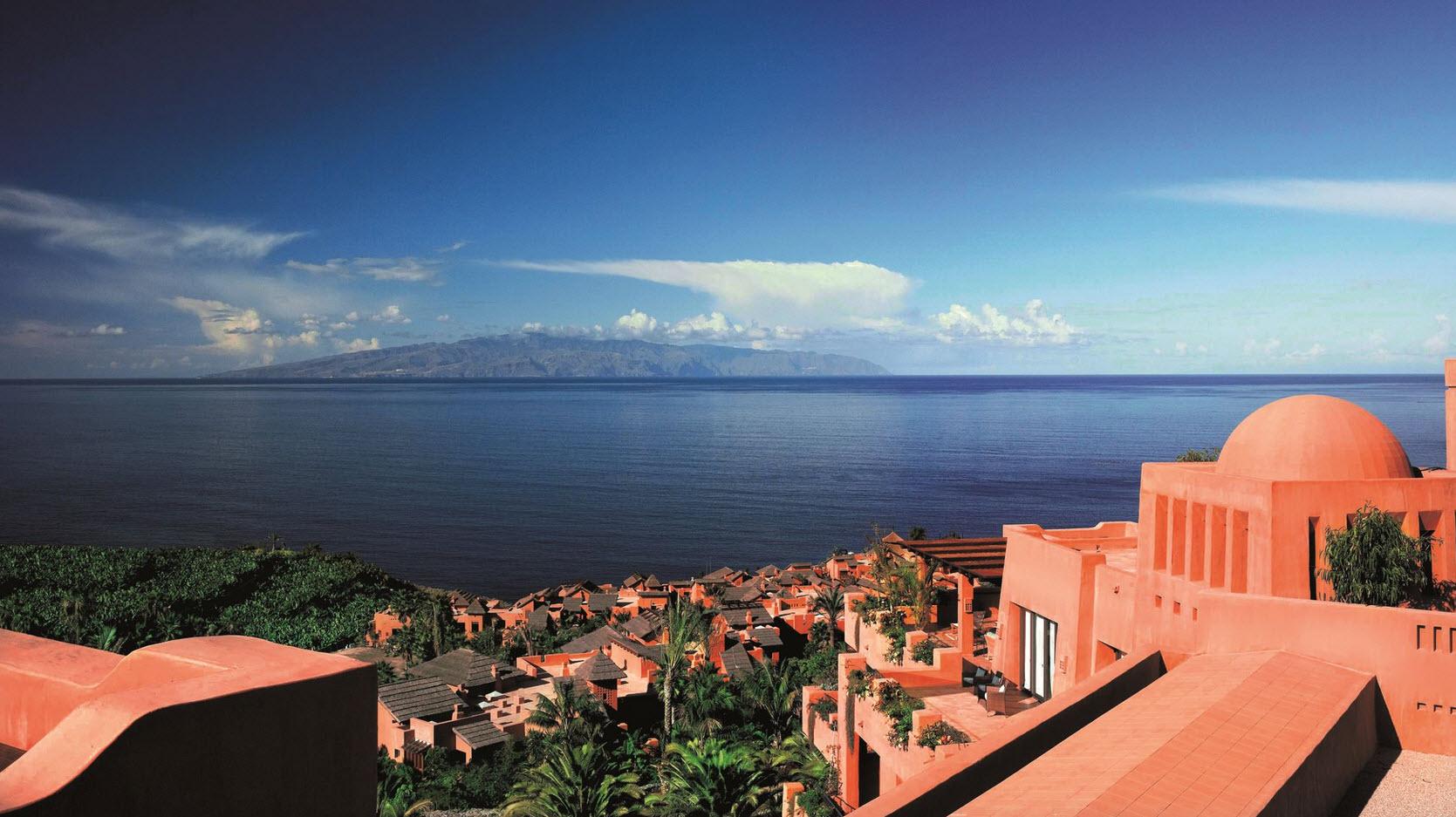 Resort de luxe avec golf et plage privee aux Canaries Ritz-Carlton