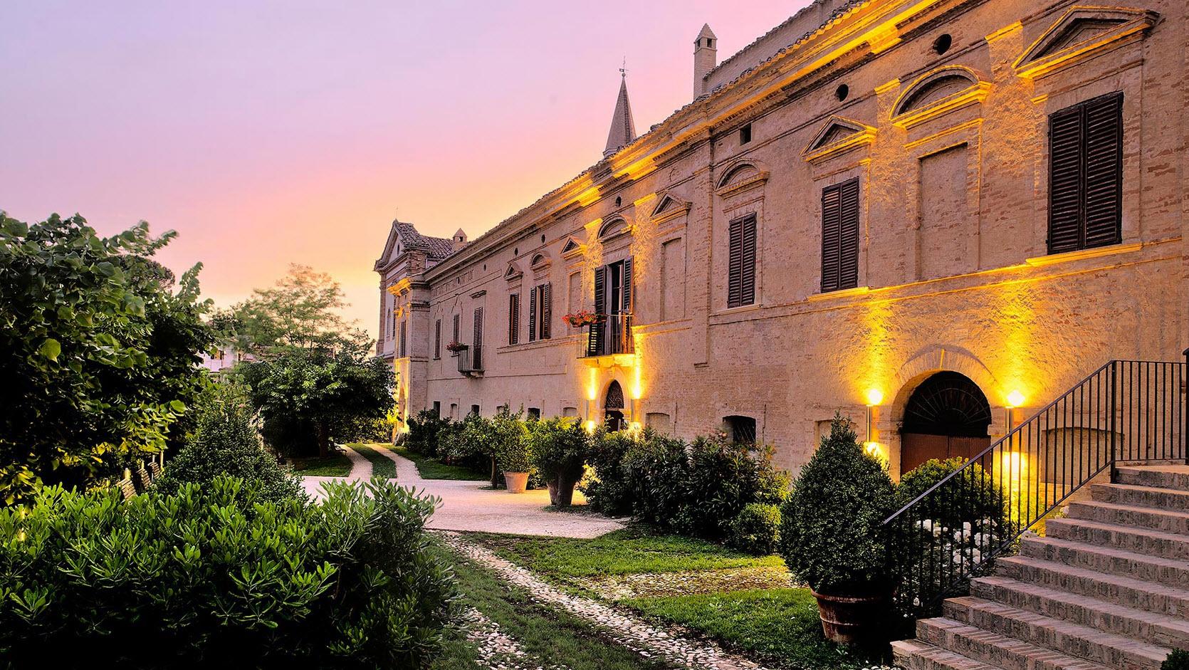 Dormir_dans_les_vignes-Italie-Castello_di_Semivicoli