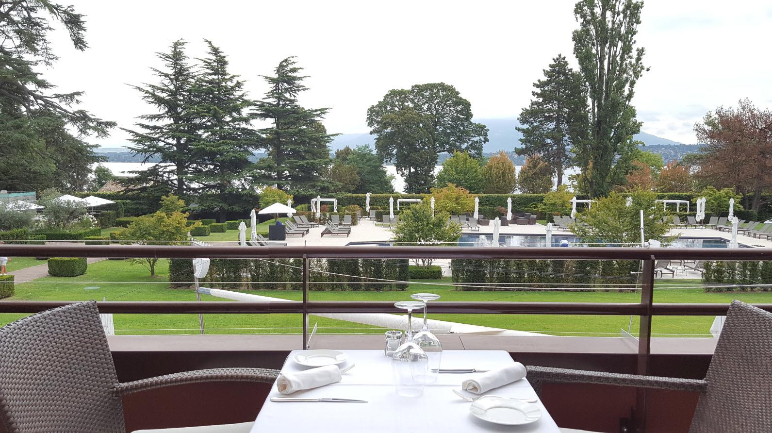 Dejeuner avec vue sur le Mont Blanc