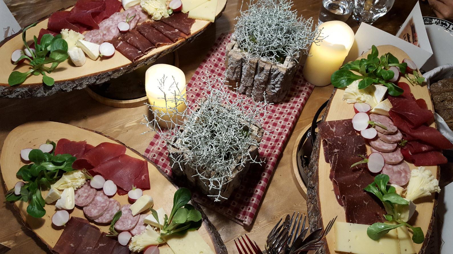 Assiettes fromage et charcuterie