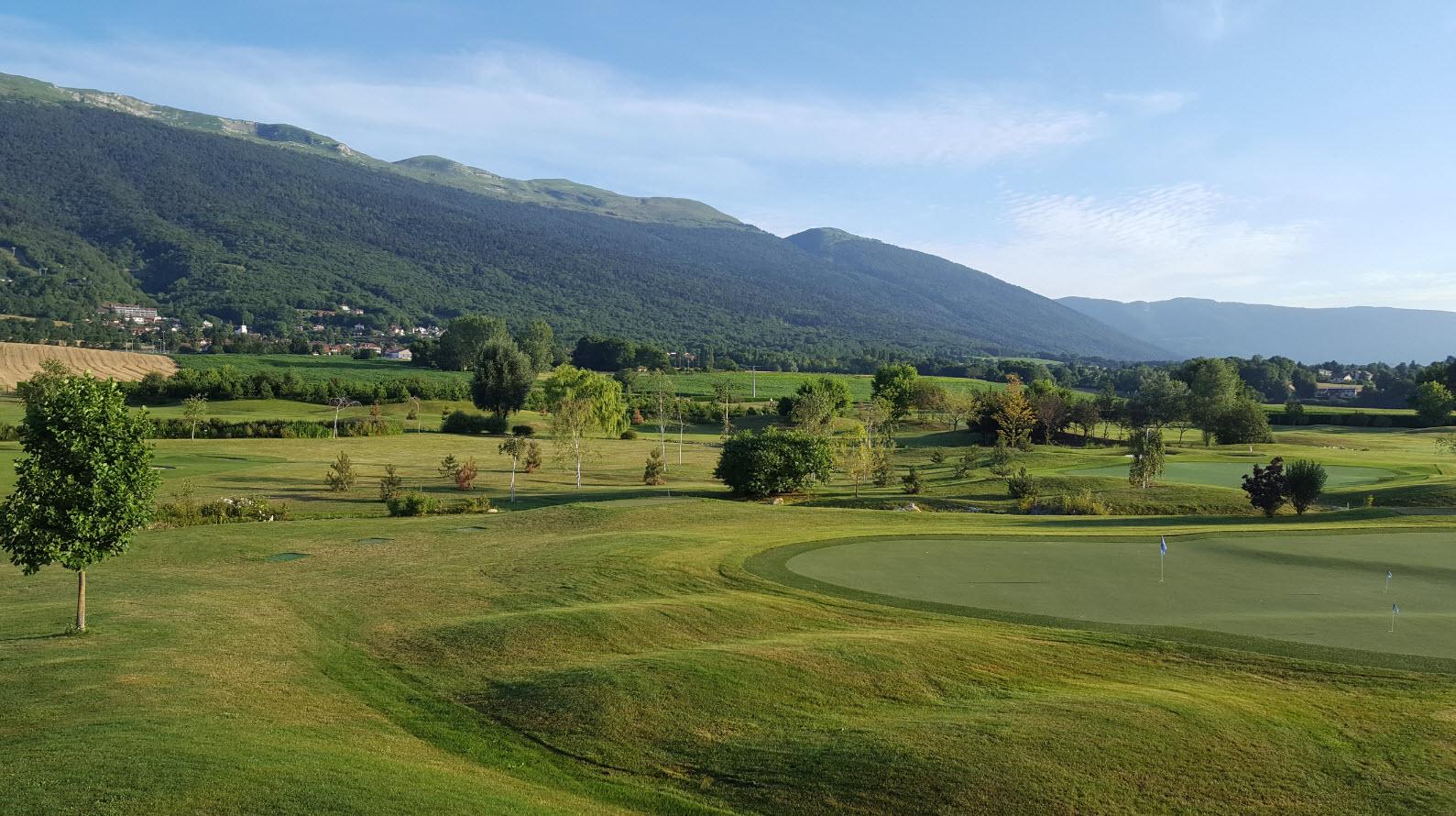 Golf au pied du Jura