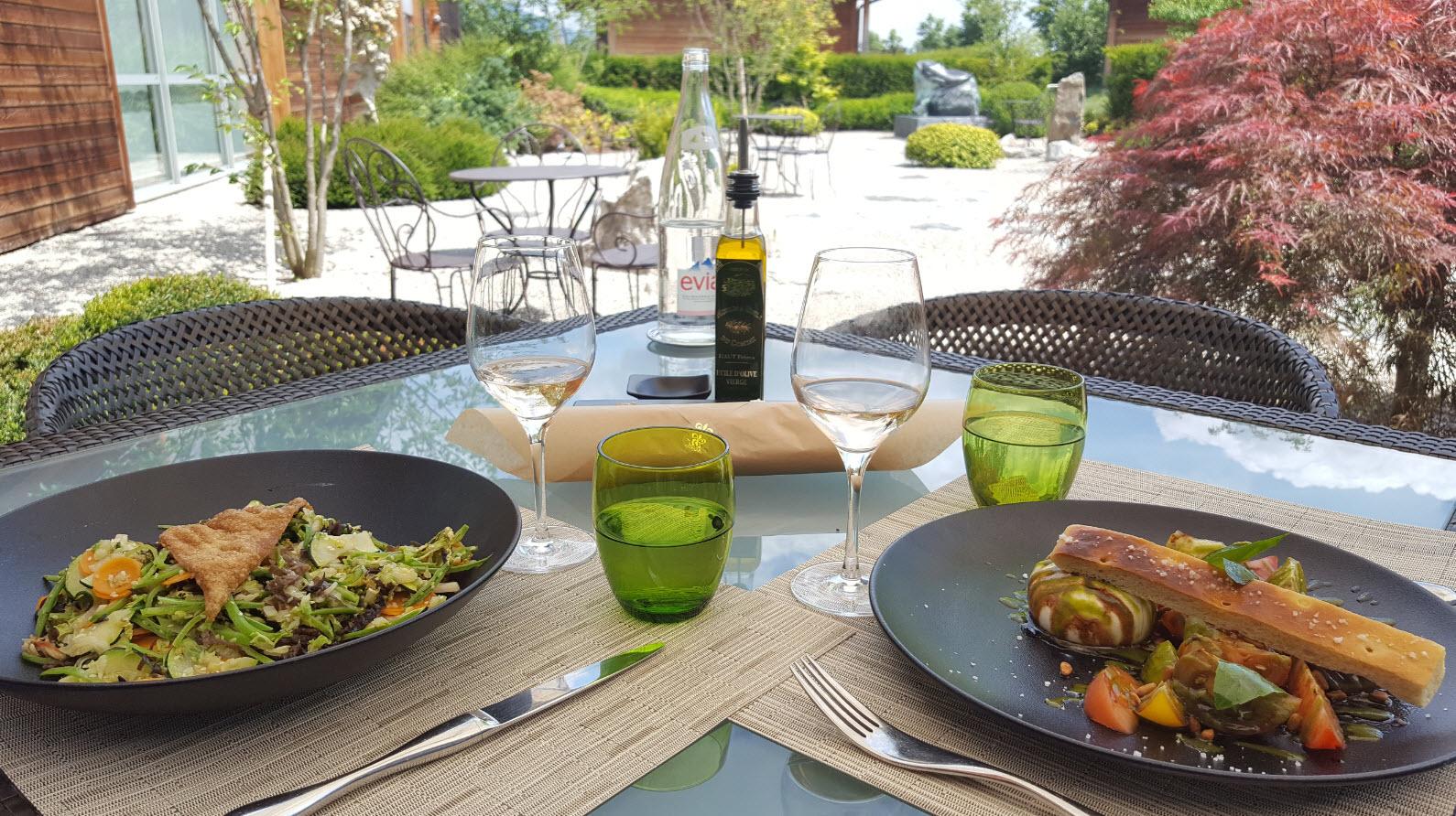 Dejeuner en terrasse