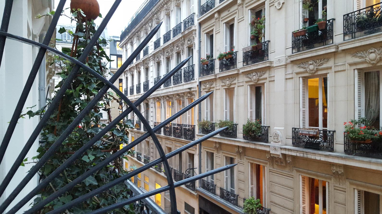 Balcon chambre club