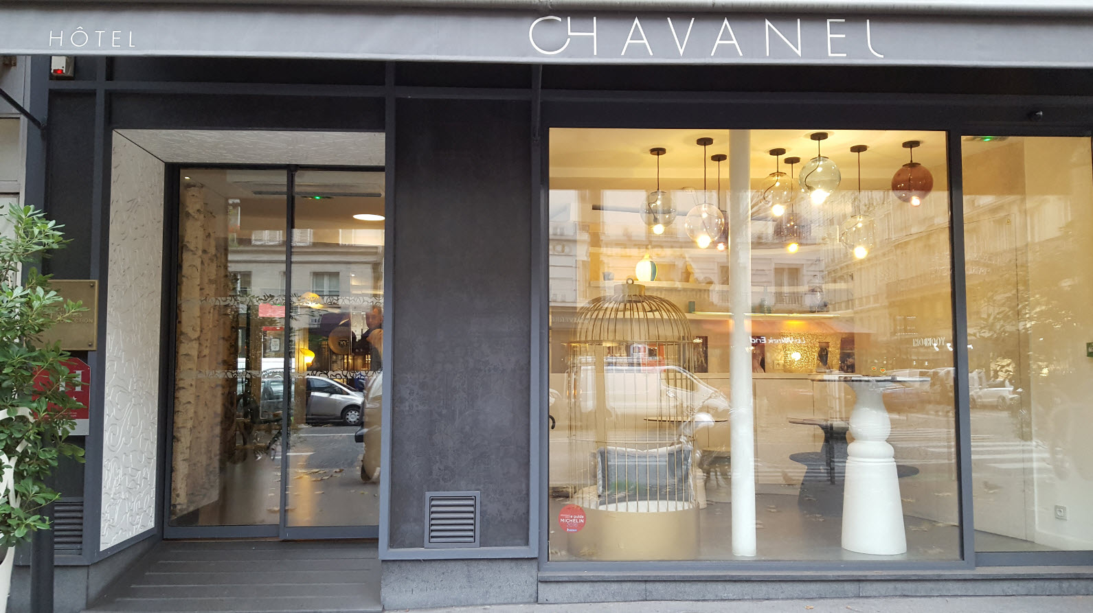 Entree hotel Chavanel