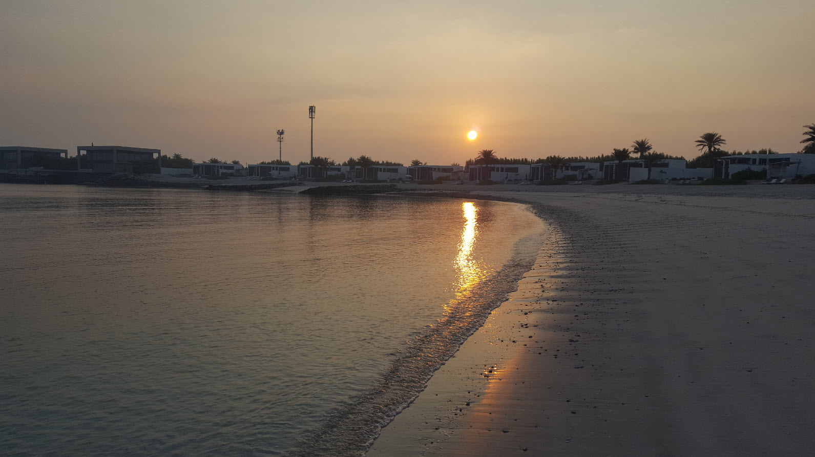 Lever de soleil sur la plage