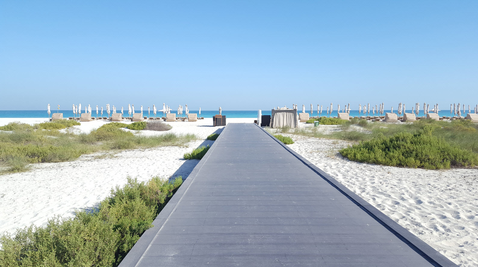 Acces a la plage