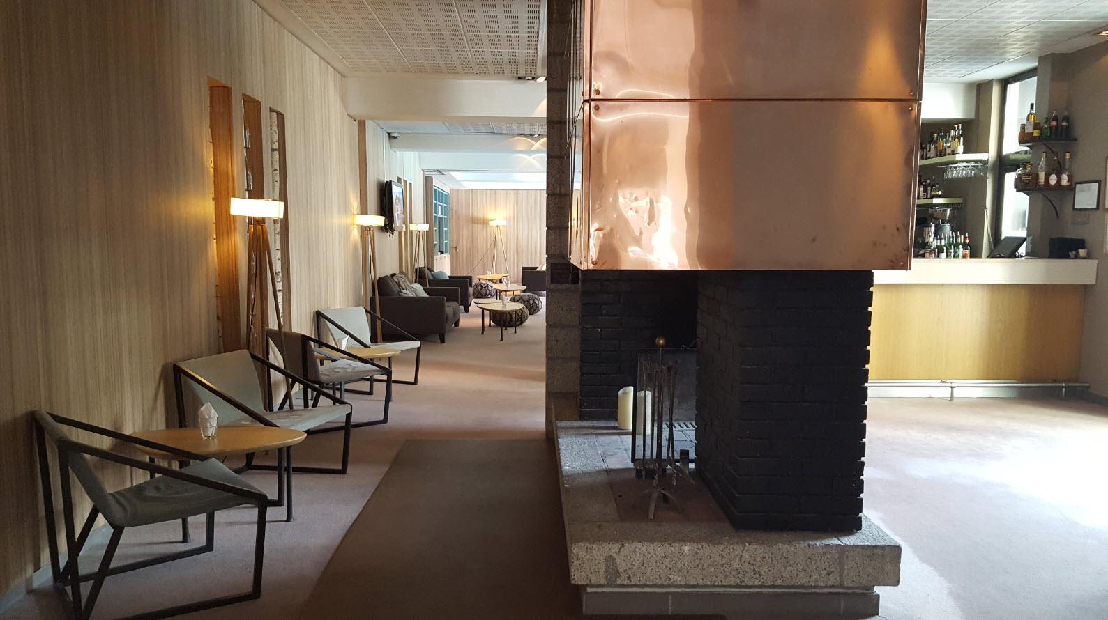 Bar d'hotel avec cheminee Chamonix