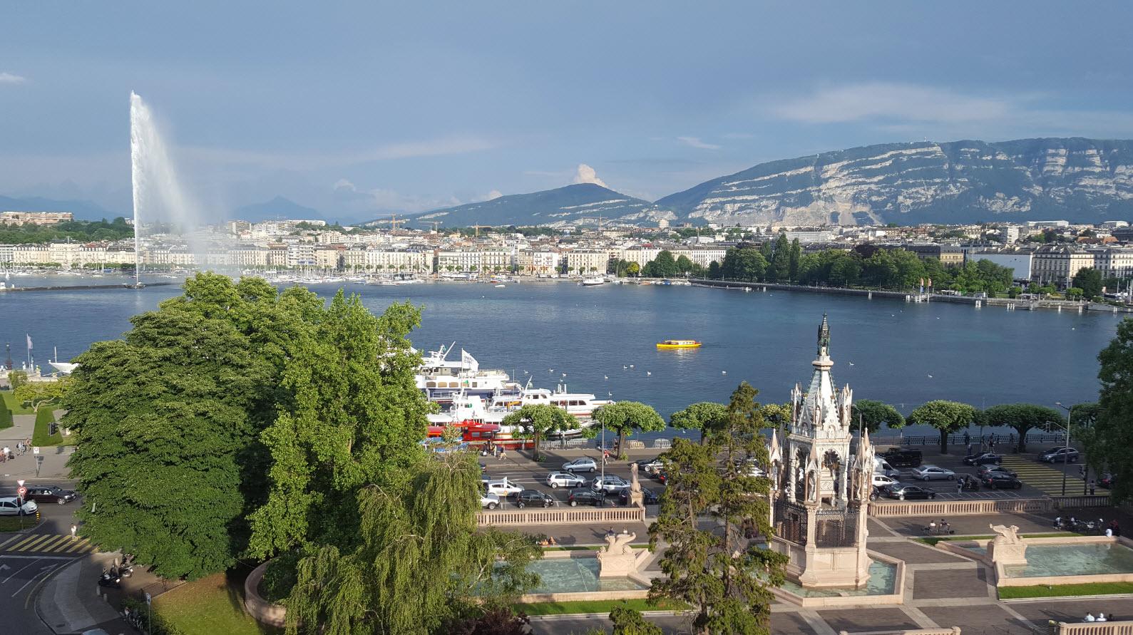 Superbe vue sur Genève depuis la suite