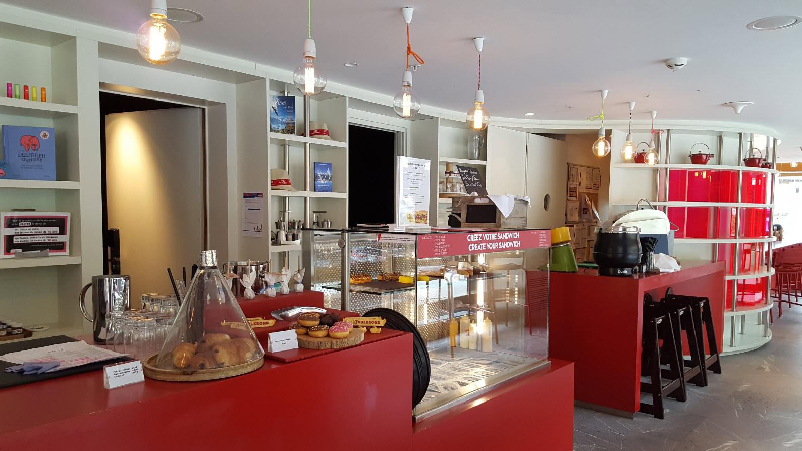 W Cafe comptoir