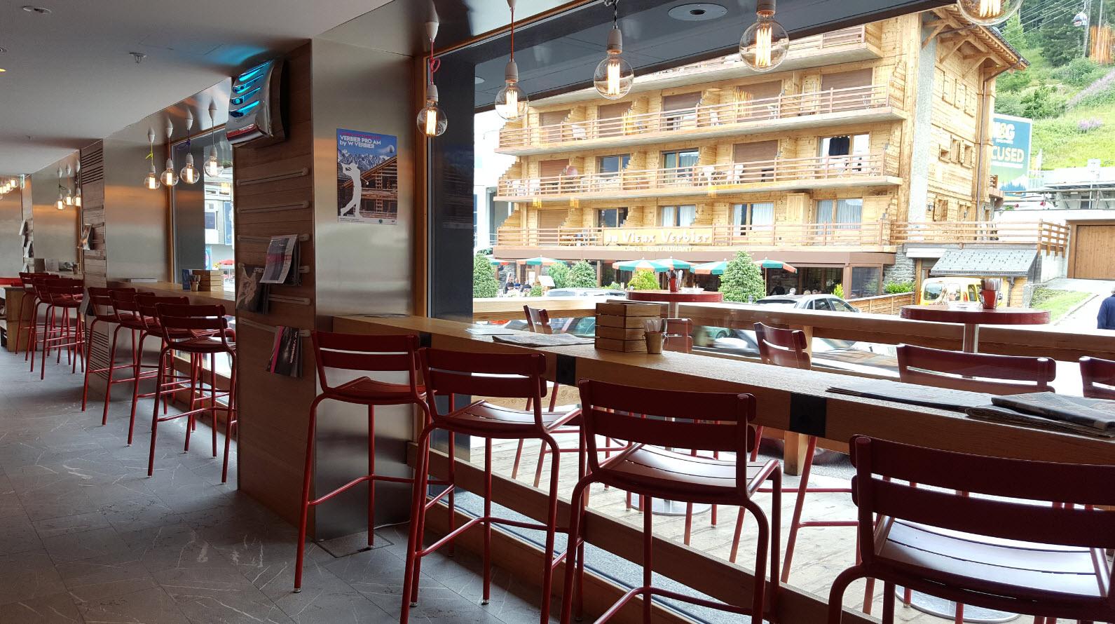 W Cafe interieur