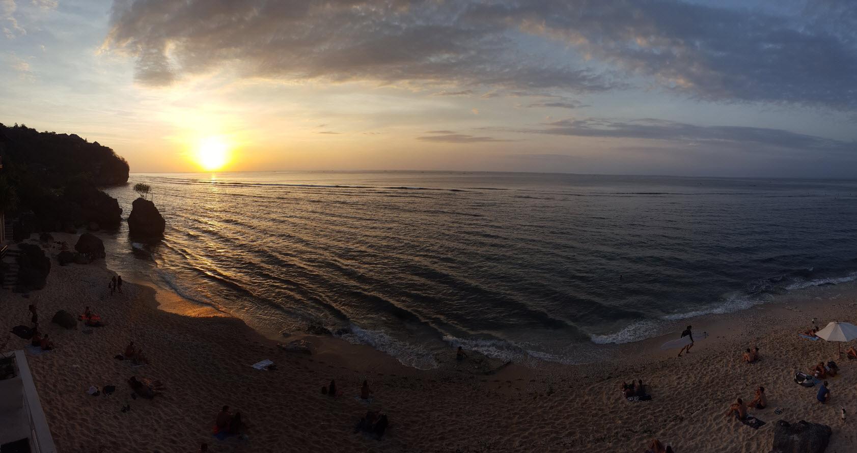 Coucher soleil Bingin Beach